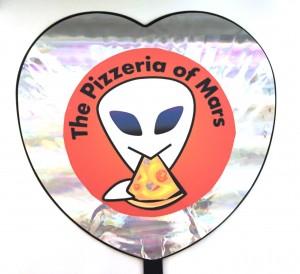 火星ピザうちわ